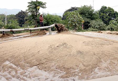 Dịch vụ bơm cát